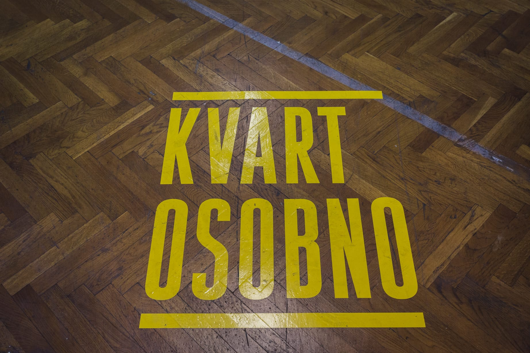 Kvart osobno - Neighborhood in-person 01